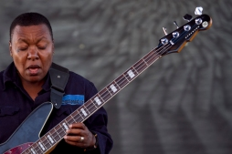 Meshell Ndegeocello plays the guitar and sings at the Bay Area Vibez Festival at the Middle Harbor Shoreline Park, Sunday, Sept. 28, 2015. Photo by Erin Baldassari/East Bay Express.