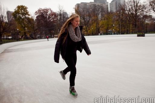 BOS_ICE_SKATING2_W